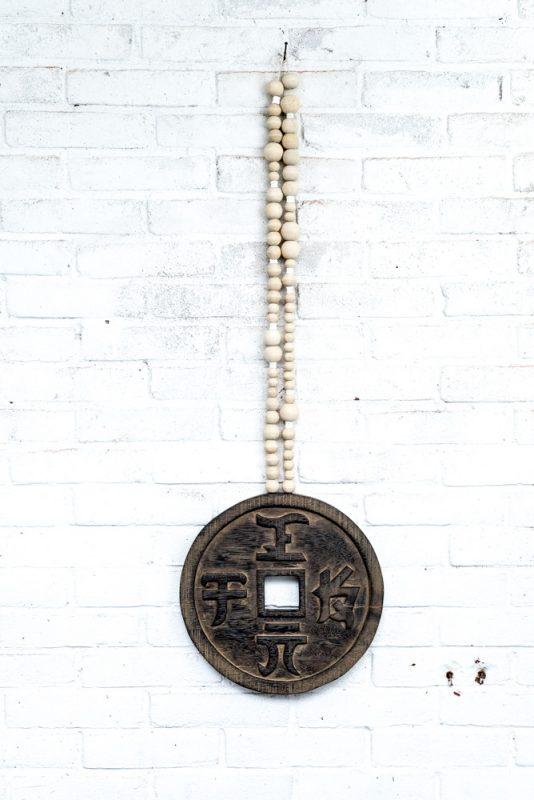 lucky coin, lucky coin mala, geluksmunt, wooden lucky coin