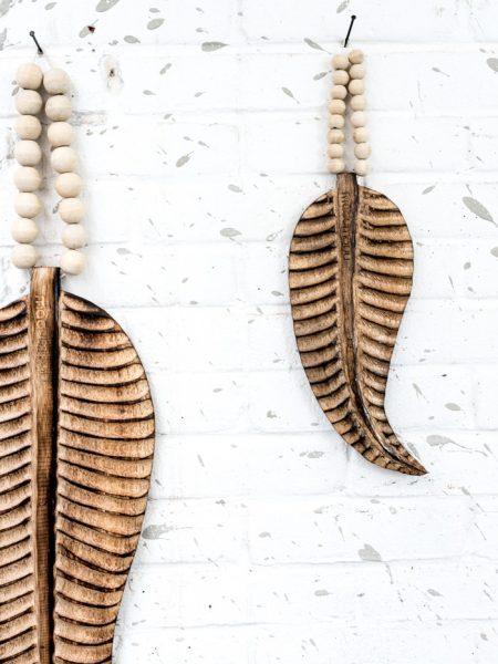 houten veer, wooden featherm feather madumadu, veer madumadu