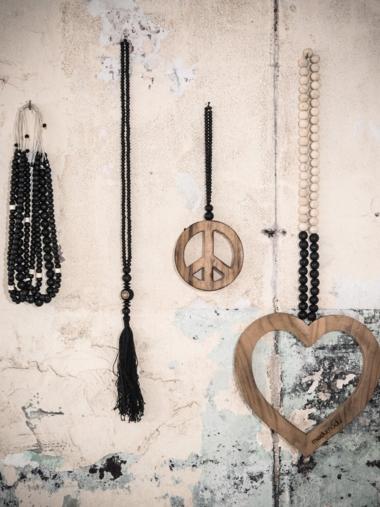 wall jewelry
