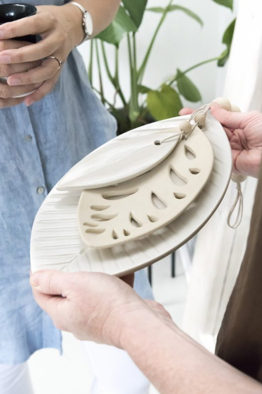 ceramics leaves mala, ceramics leaves, ceramics madumadu, bladeren keramiek, keramiek blad, keramiek madumadu