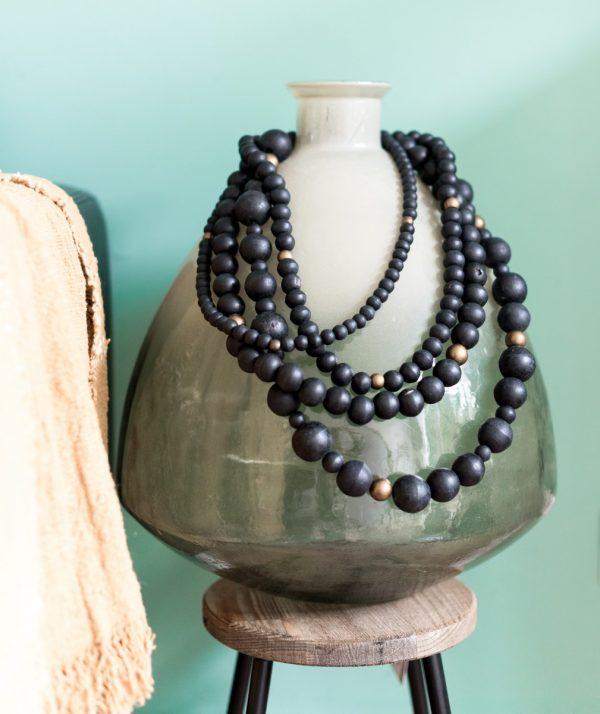 wall jewelry, wall jewelry madumadu, wooden garland, garland madumadu, wooden bead garland