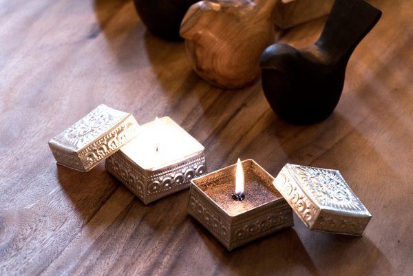 candle box madumadu, offermandje kaars madumadu